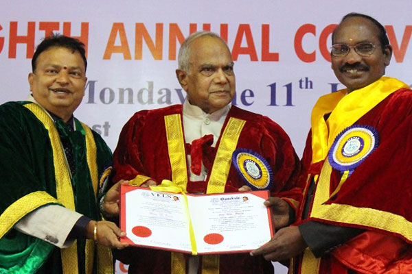 Eighth Annual Convocation, Thiru.Banwarilal Purohit, Hon'ble Governor of Tamilnadu, Chief Guest, on 11 Jun 2018